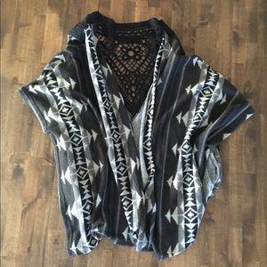 Miami Black Aztec Print Kimono Size Small